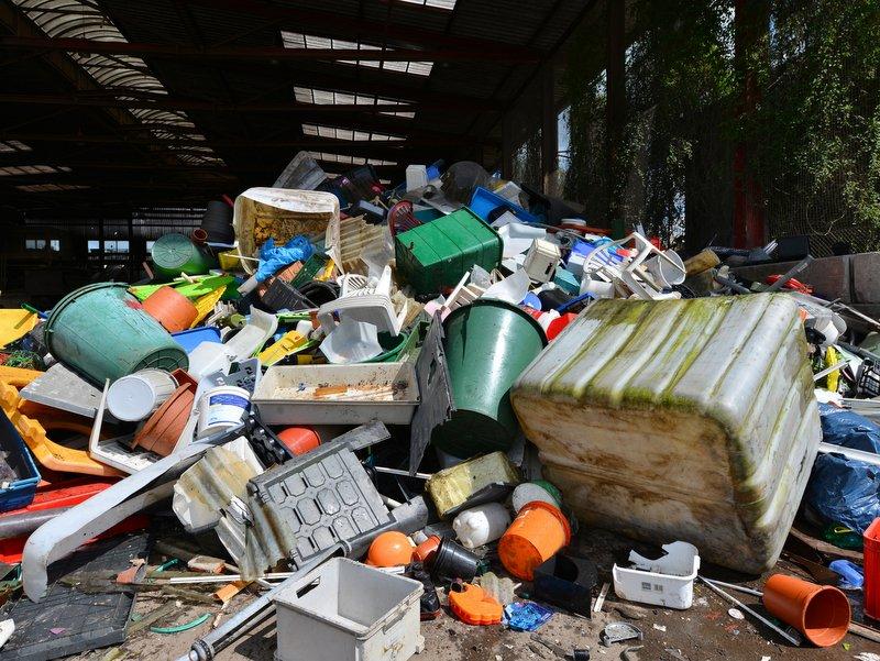 Zákon o odpadoch ide do prvého čítania. Komisia bude pripomienkovať aj schválené znenie
