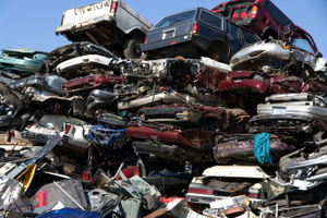 Autovrakoviská na Slovensku rastú