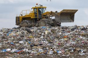 Cena za skládkovanie tuhého komunálneho odpadu na Slovensku