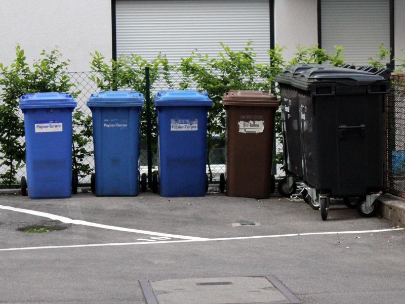Poplatky za komunálny odpad v zahraničí